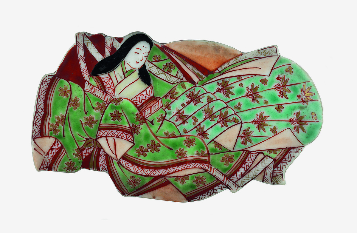Heian-kori udvarhölgyet ábrázoló kerámiadobozka