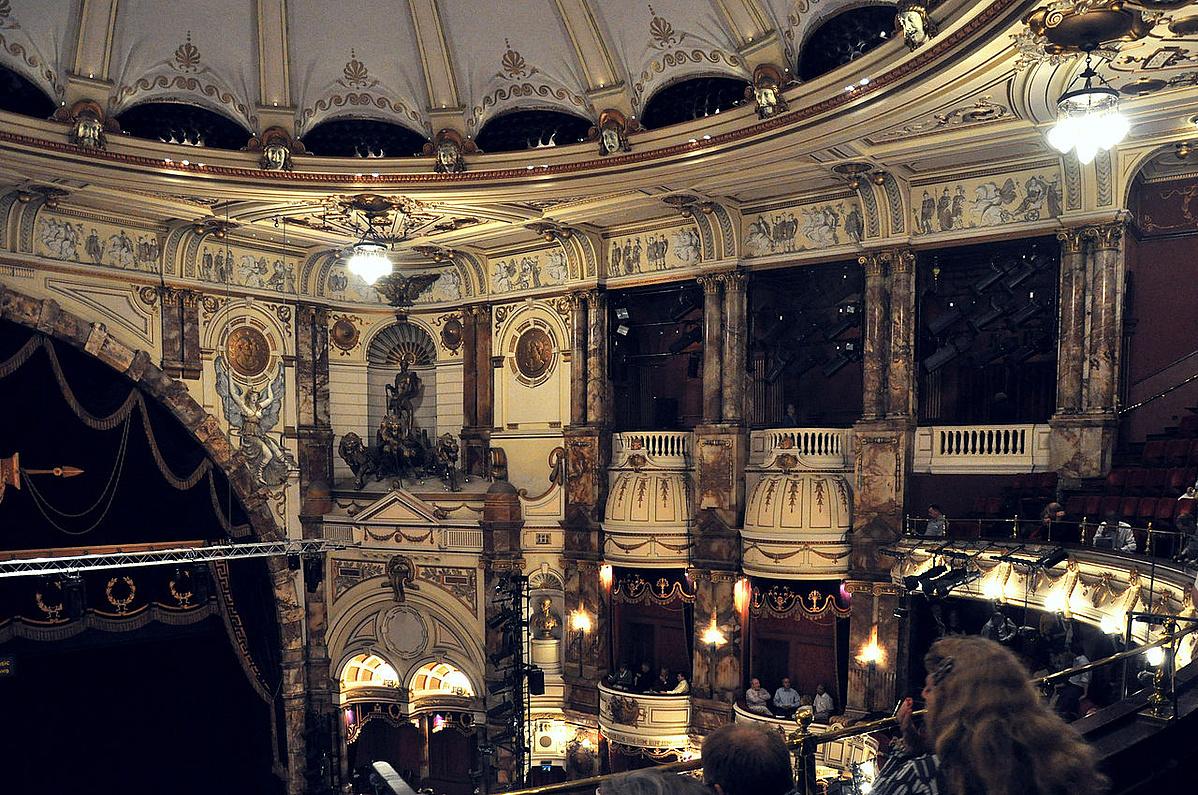 London Coliseum auditorium 003