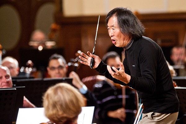 Kobayashi Ken-Ichiro a debreceni Kodály Filharmónia próbáján