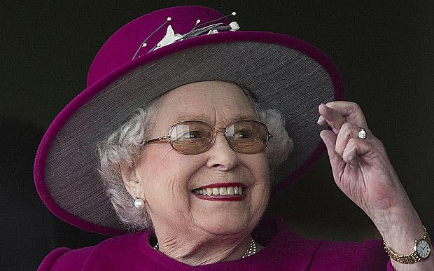 Isten óvd a királynőt!