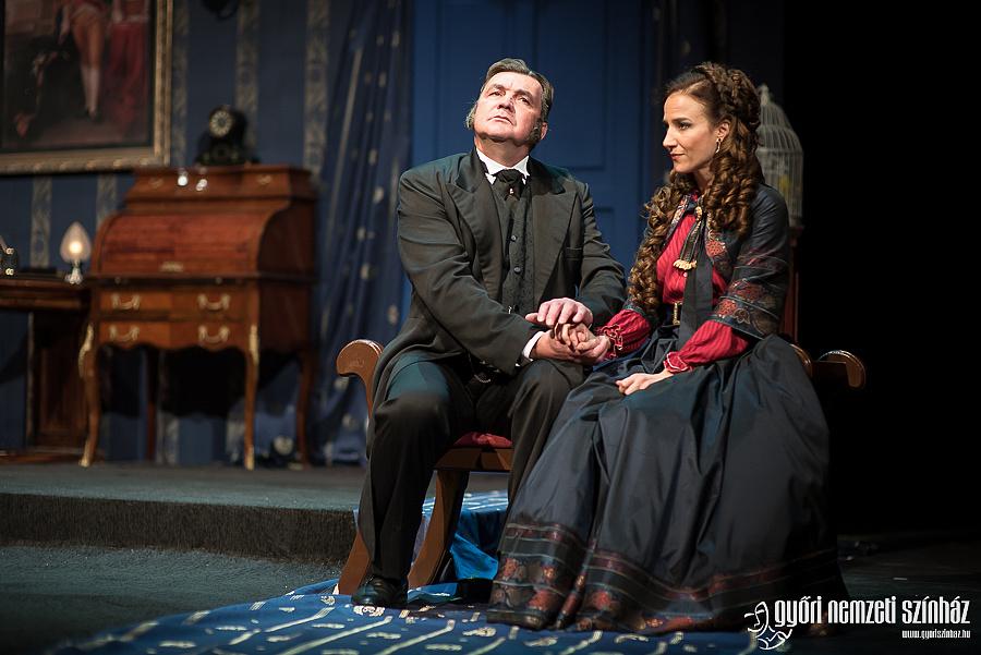 Csankó Zoltán és Szina Kinga az Anna Kareninában