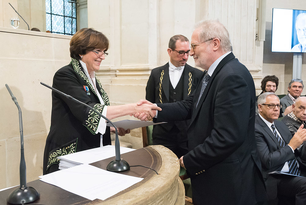 Francia kitüntetést kapott Eötvös Péter