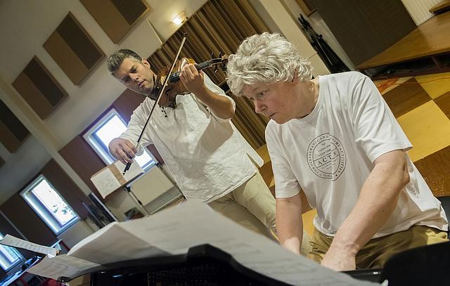 Kocsis Zoltán és Kelemen Barnabás a diósdi Phoenix Stúdióban