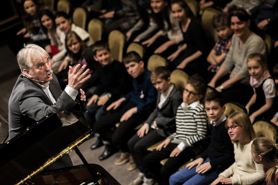 Lakner Tamás és a közönség