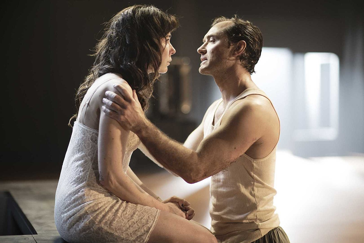 Obsession - Halina Reijn és Jude Law