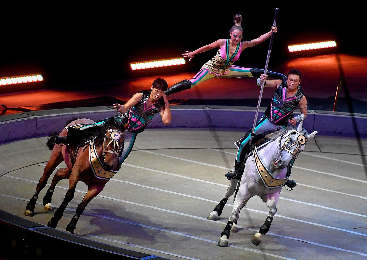 A Cossack Riders száma az utolsó shown