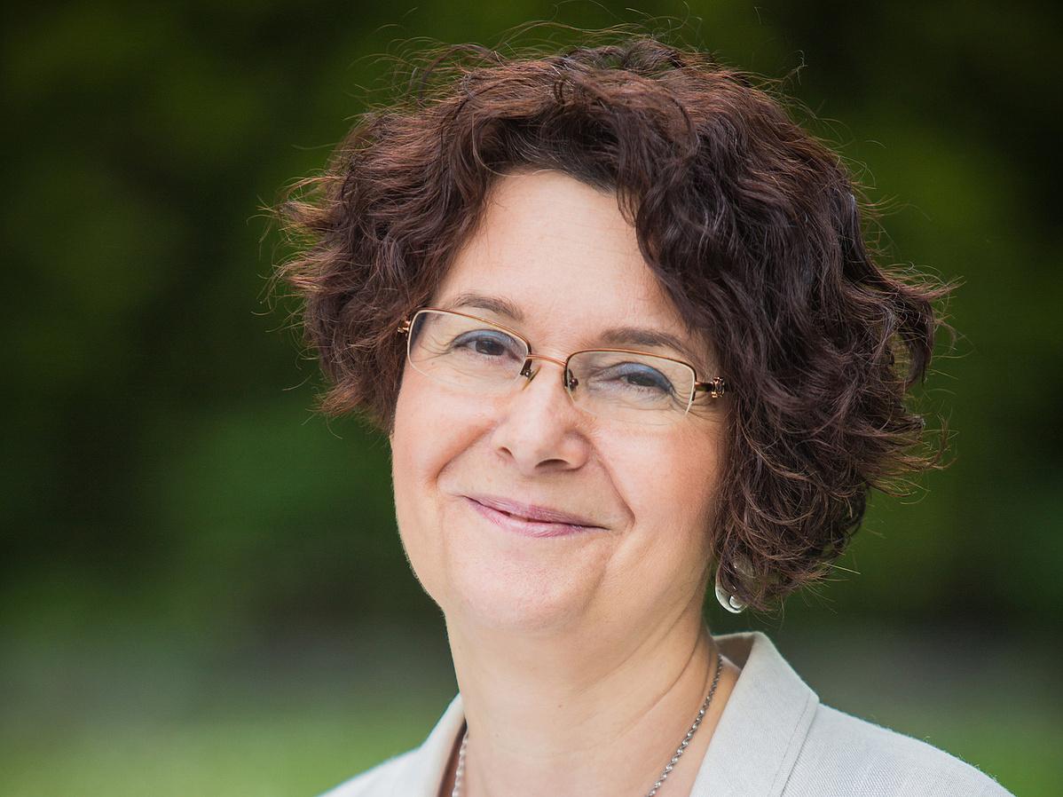 Dr. Kalla Zsuzsa