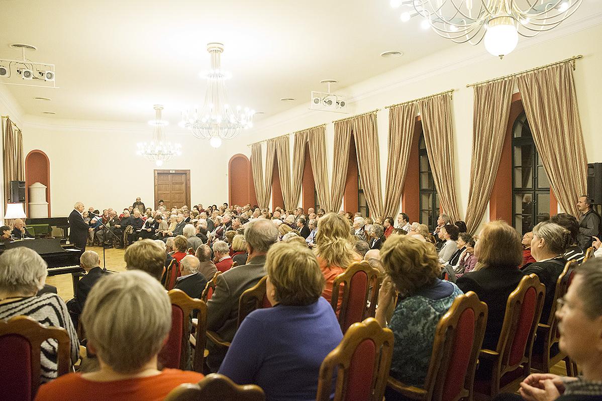 közönség - ÓTK