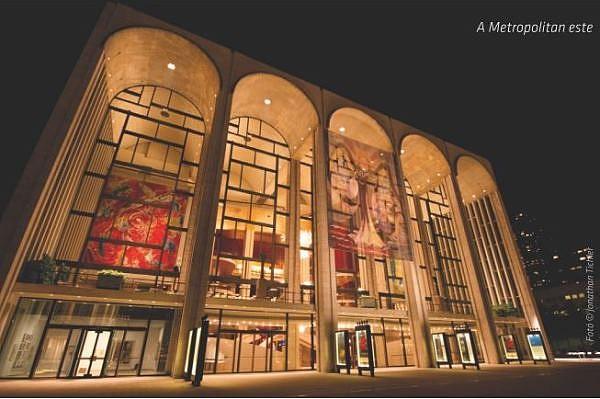 New York-i Metropolitan, Dan Kempson egykori munkahelye. Mi folyik az épületben?