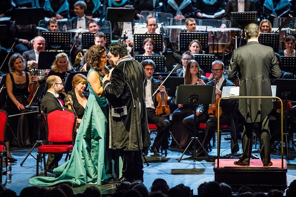 Anna Netrebko és Yusif Eyvazov az Erkel Színházban