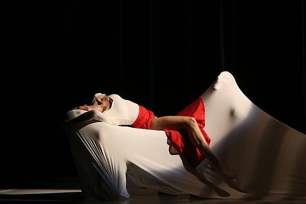 A szexuális erőszakról szól az új Carmen, más a történet vége is