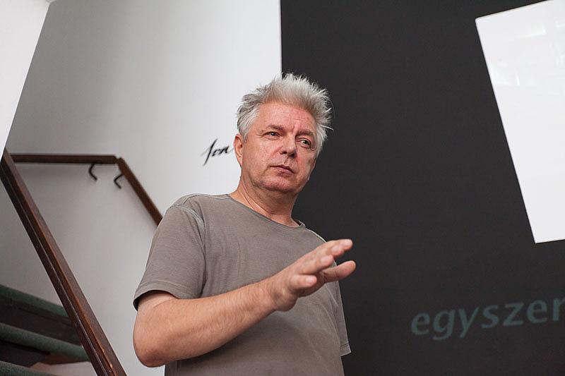 Lábass Endre a Videospace Galériában