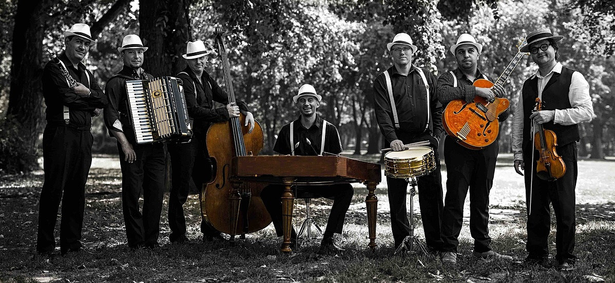 Swing à la Django