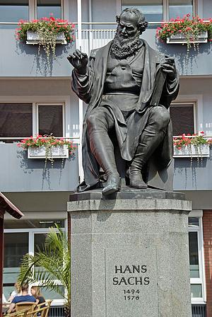 Hans_Sachs_Denkmal_Nurnberg_DSCF2895-131016.jpg