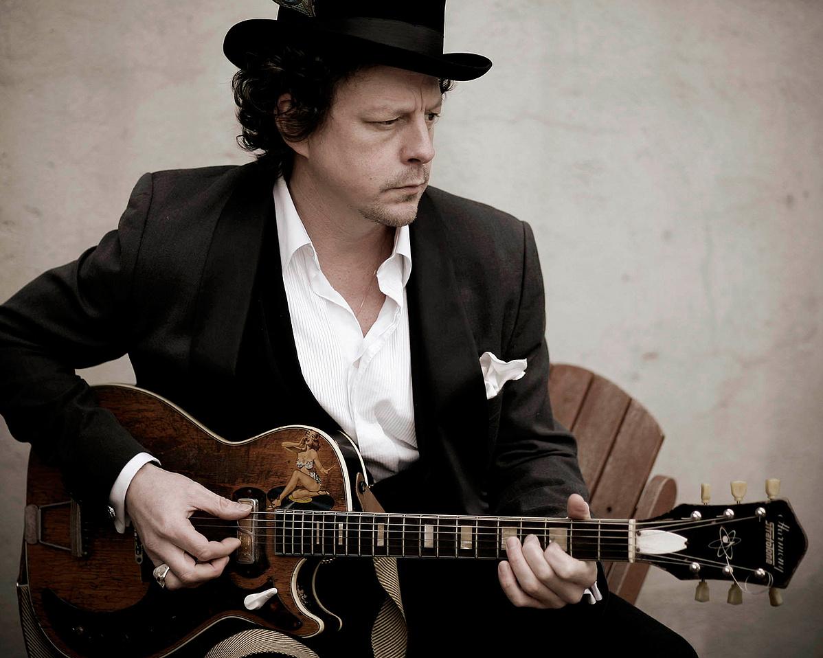 Ian-Siegal-blues-163817.jpg