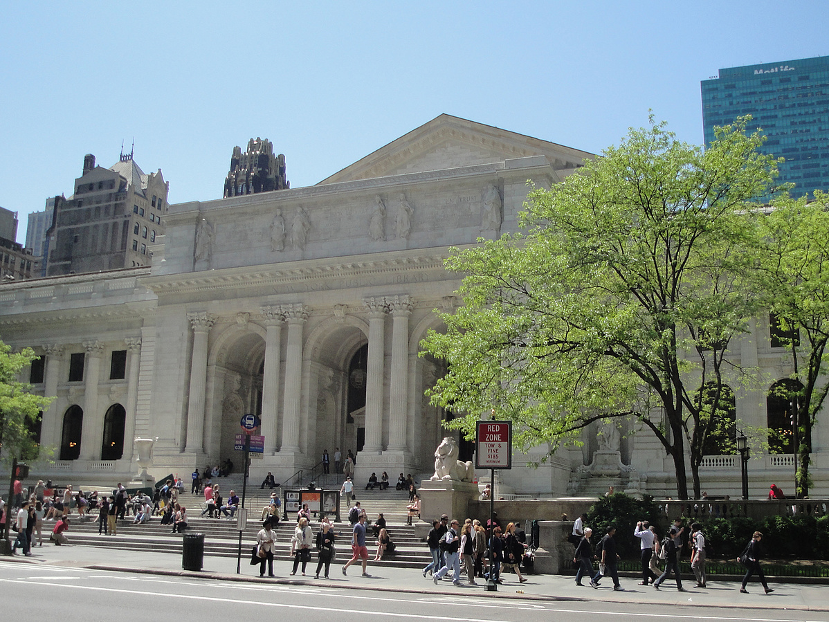 New_York_Public_Library_May_2011-220057.jpg