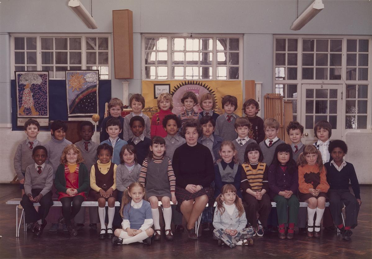 SteveMcQueenYear3classatLittleEalingPrimarySchool1977-105623.jpg