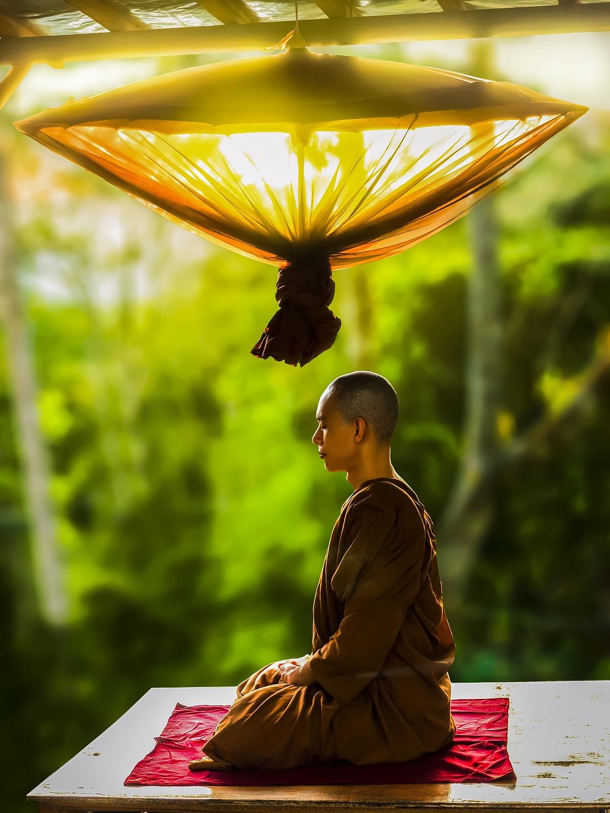 theravada-buddhism-2171647_1920-154400.jpg