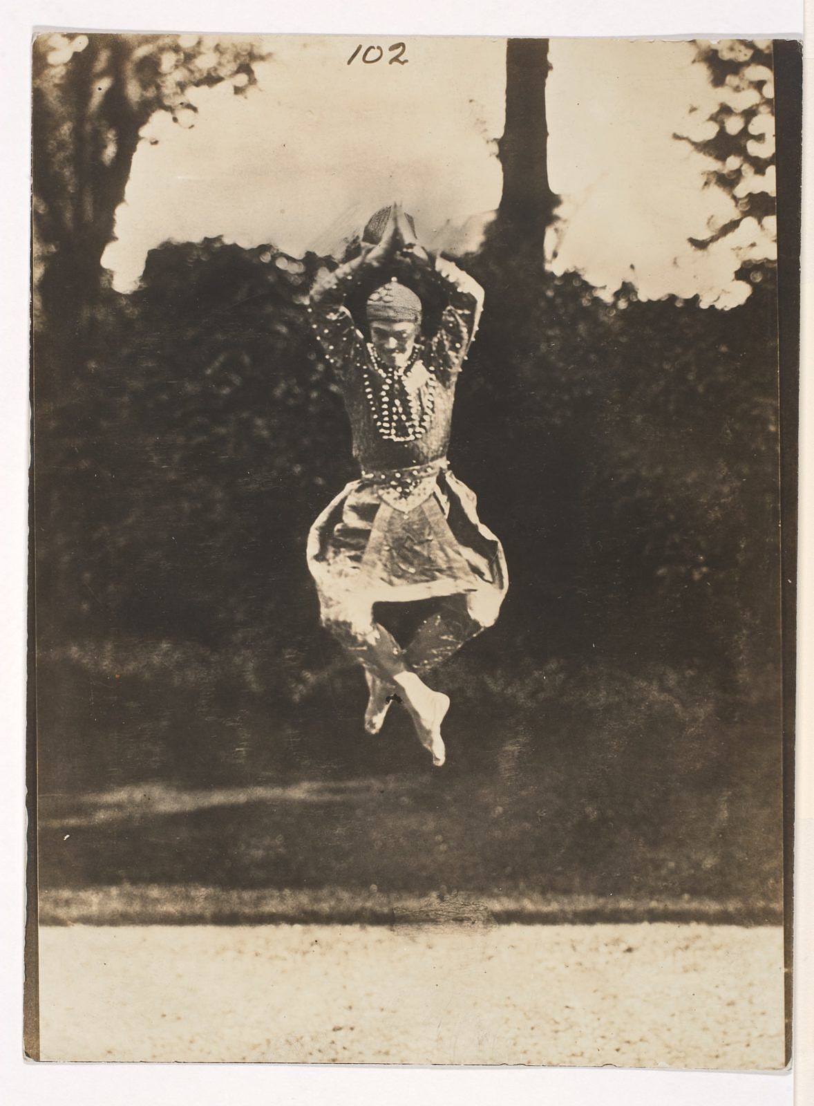 nijinsky-in-danse-siamoise-from-the-orientales-df4f16-1600-162804.jpg