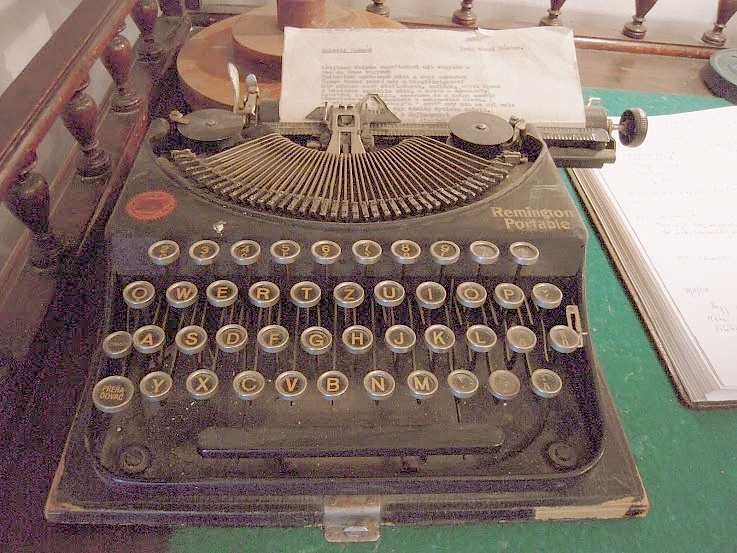 Marai_Sandor_typewriter_DSCN_197_x-131309.jpg