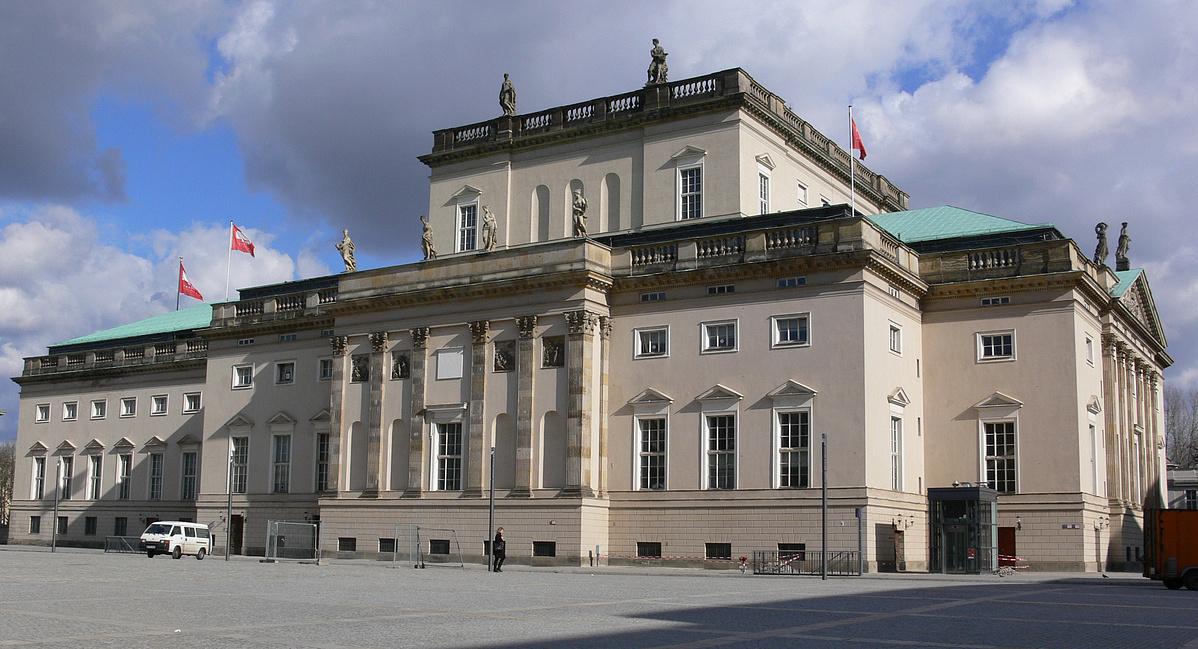 Berlin_Staatsoper_Unter_den_Linden_Seite-102918.jpg
