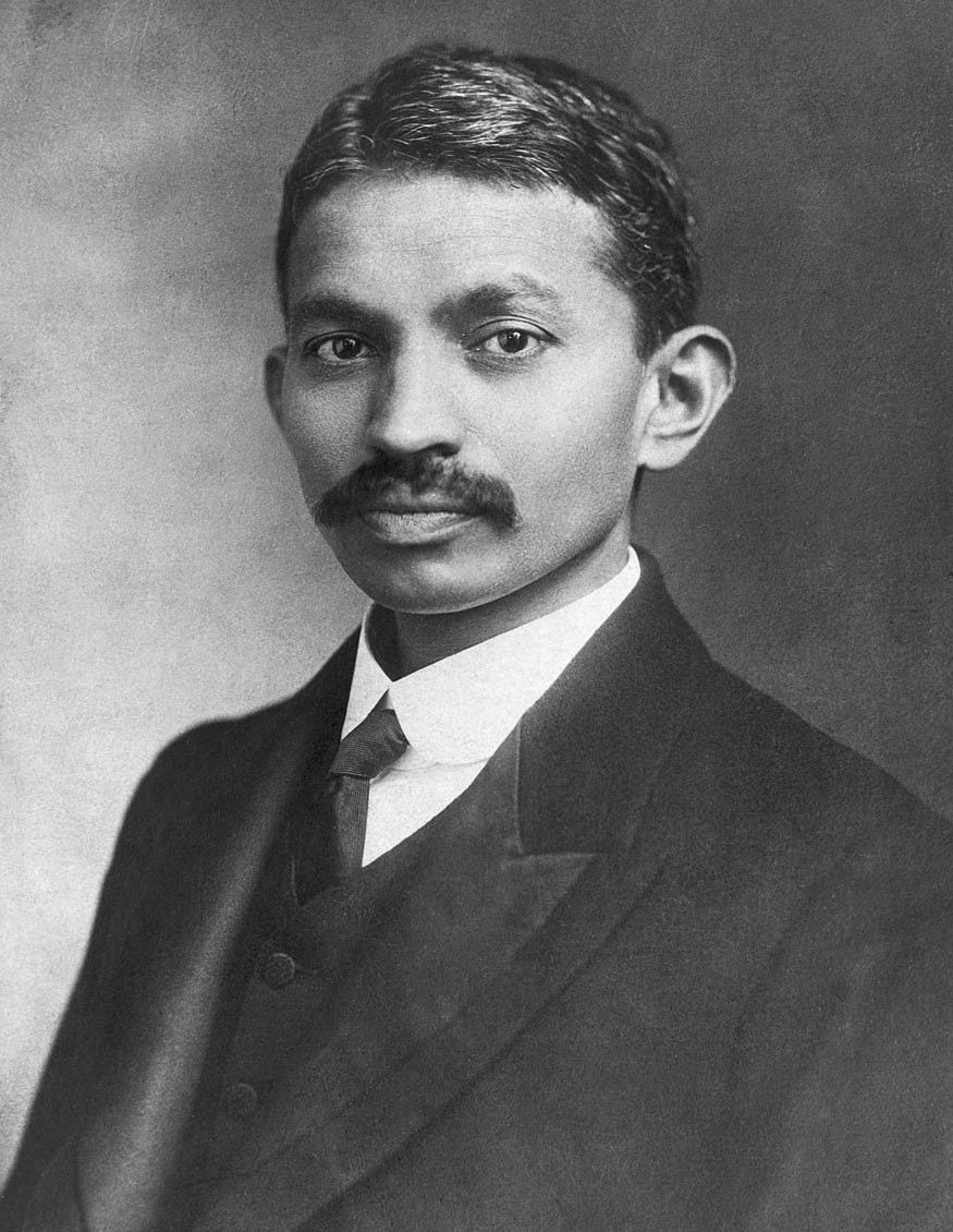 Gandhi_London_1906-182349.jpg