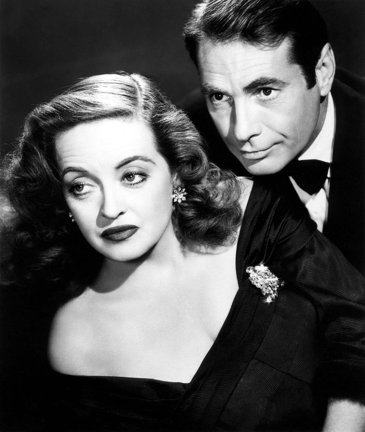 Bette_Davis_and_Gary_Merrill_in_All_About_Eve-202937.jpg