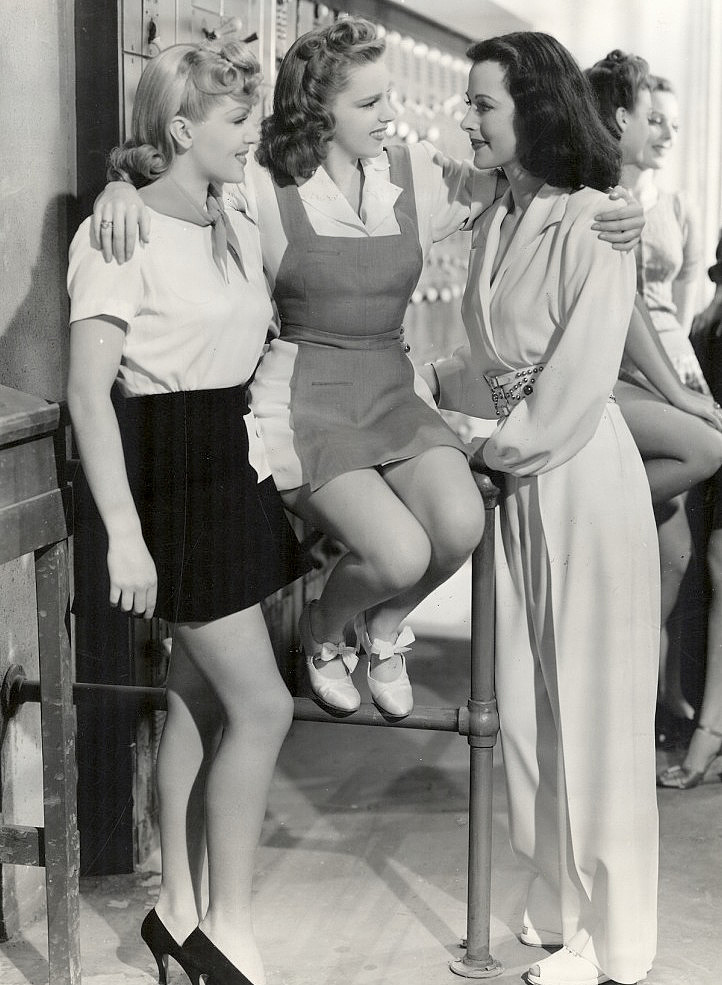 Lana_Turner_Judy_Garland_Hedy_Lamarr_-_Ziegfeld_Girl_-_1941-235956.png