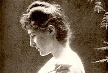 Florence_Stoker-192324.jpg