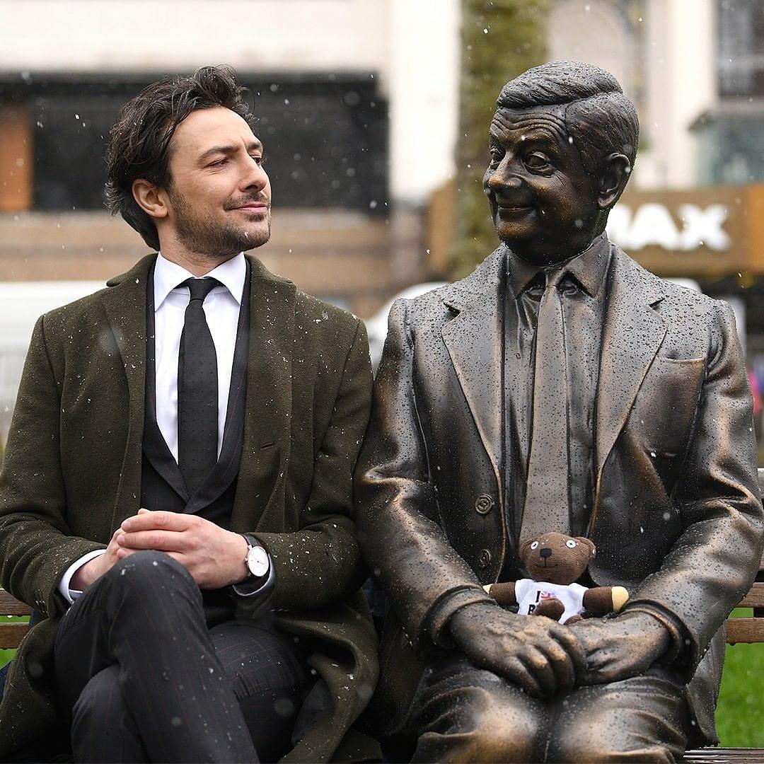 Mr. Bean, Mary Poppins, Tapsi Hapsi – Filmes szobrokat lepleztek le Londonban