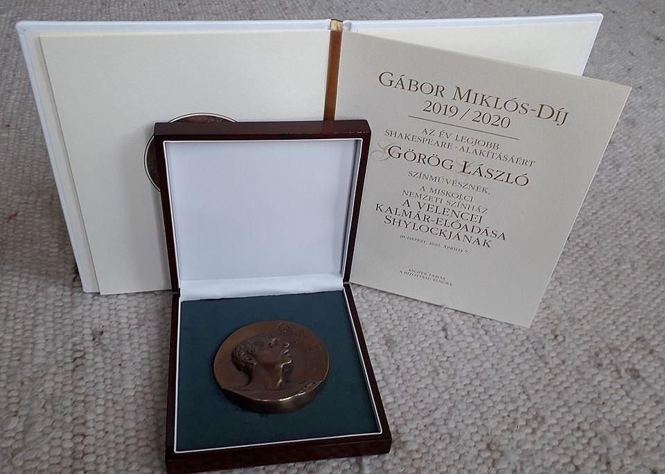 GaborMiklos-dij-Gorog-Laszlo-101930.jpg