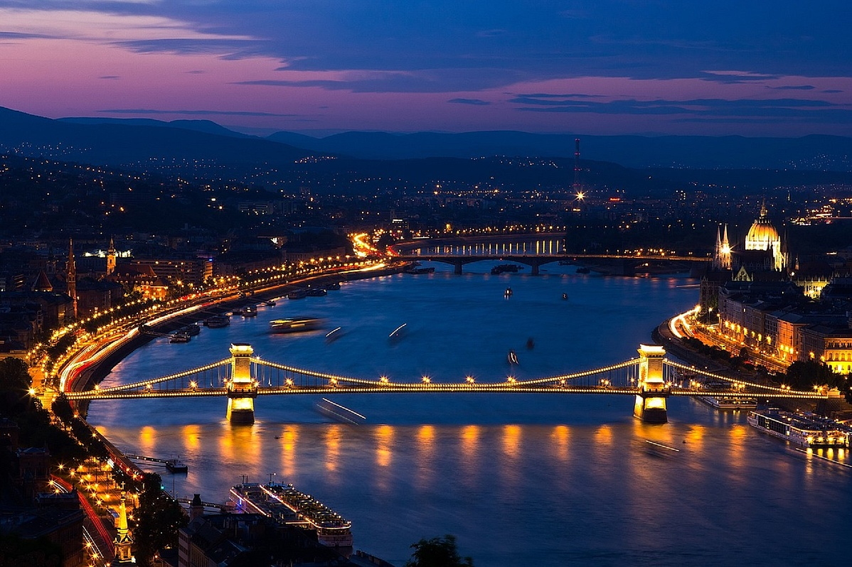 budapest-4182585_1280_pixabay-093537.jpg