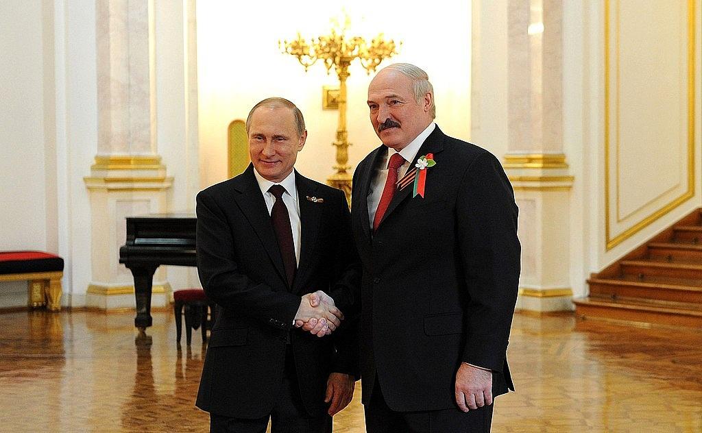 1024px-Putin_with_Alexander_Lukashenko_2015-125058.jpg