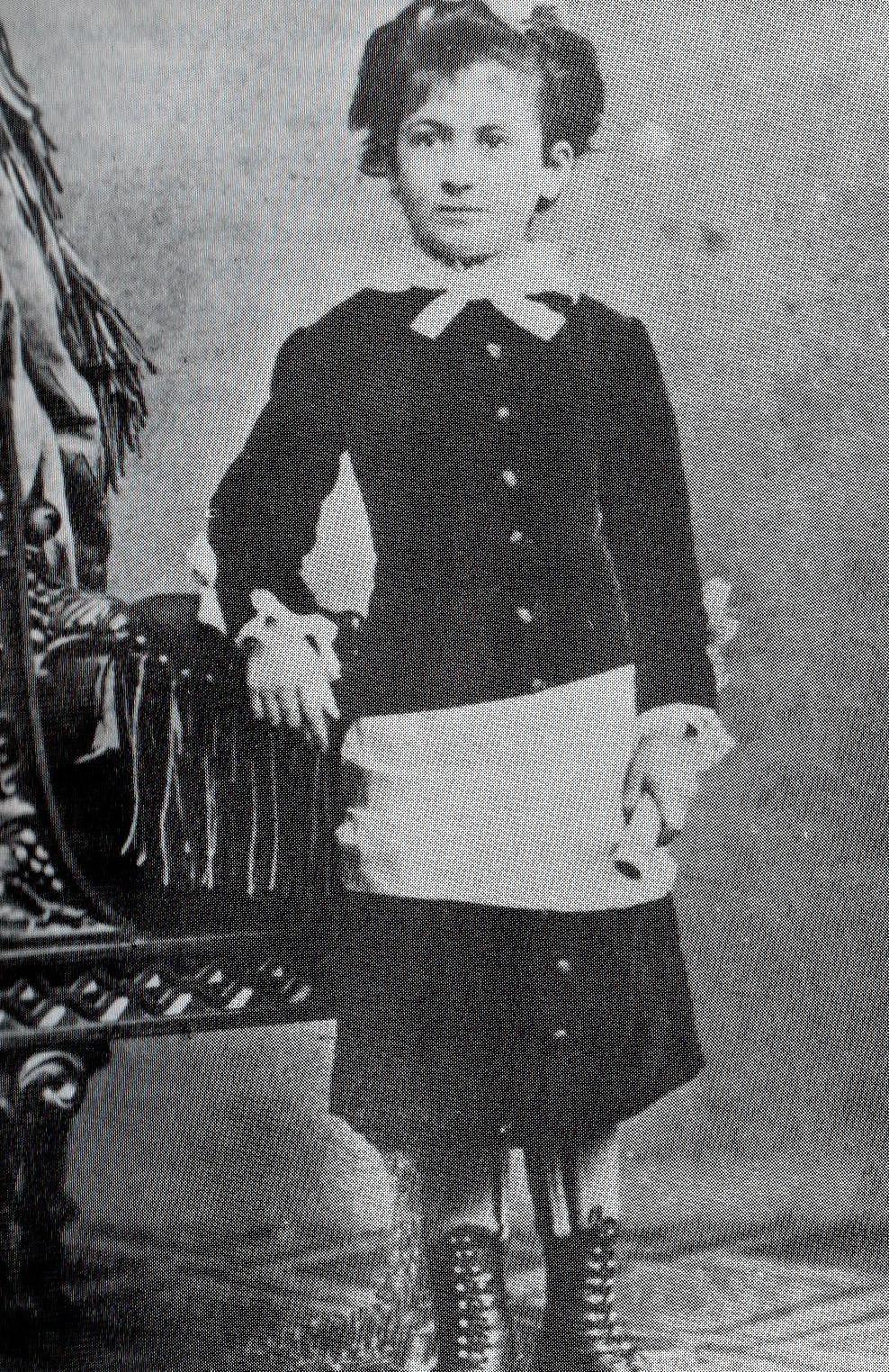 Maria_Montessori_um_1880-151410.jpg