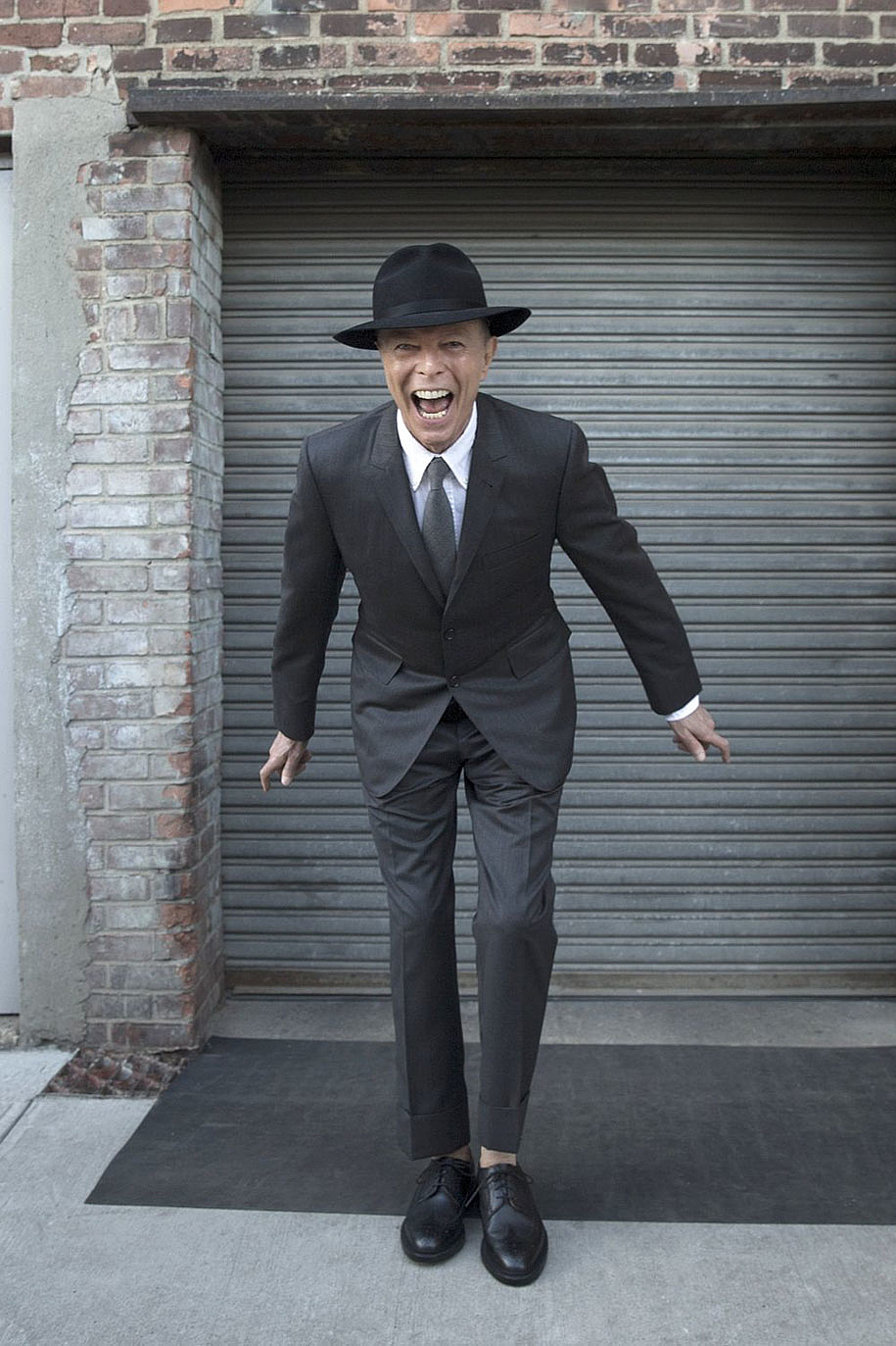 david-bowie-last-photoshoot-pictures-jimmy-king-1-002444.jpg