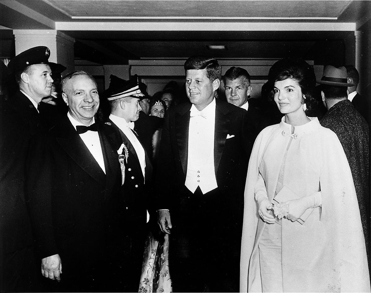 president-john-f-kennedy-with-wife-walking-on-inaugural-ball-154724.jpg