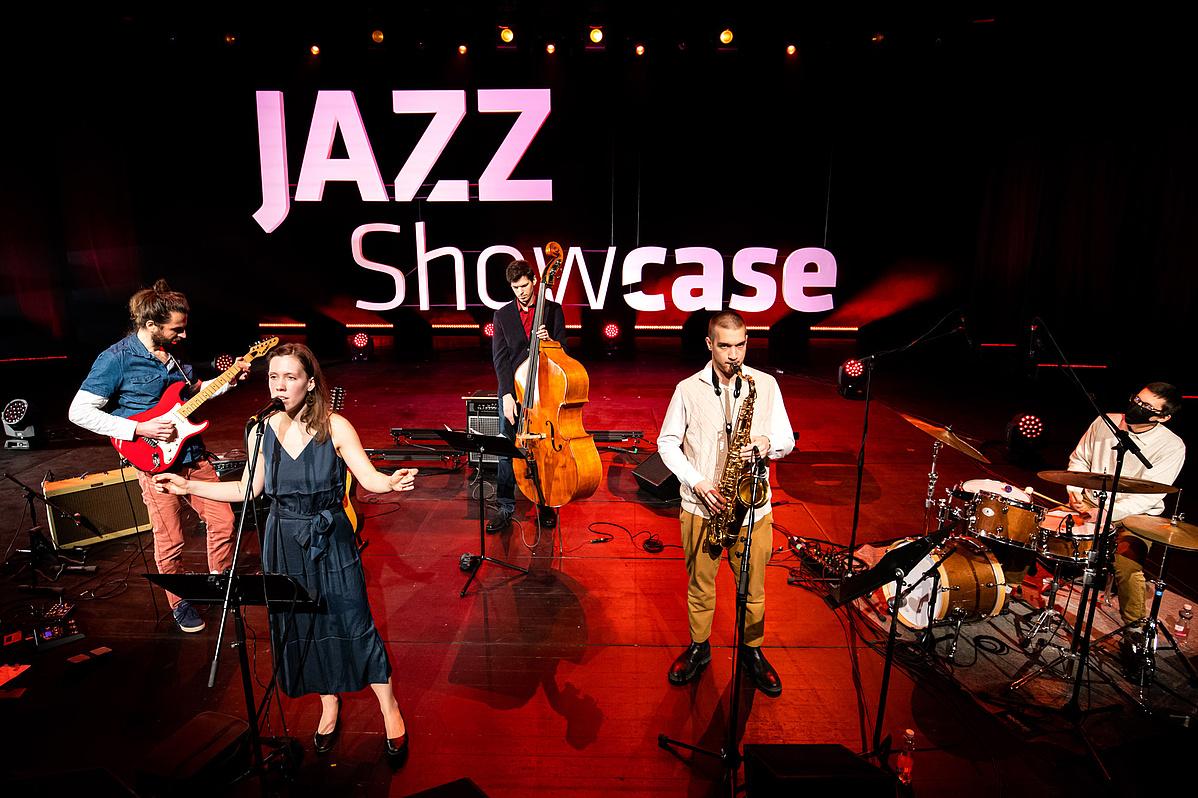 20210124_Jazz-tehetsegborze-BettikaQuintet_c_HirlingBalint_Mupa-134748.jpg